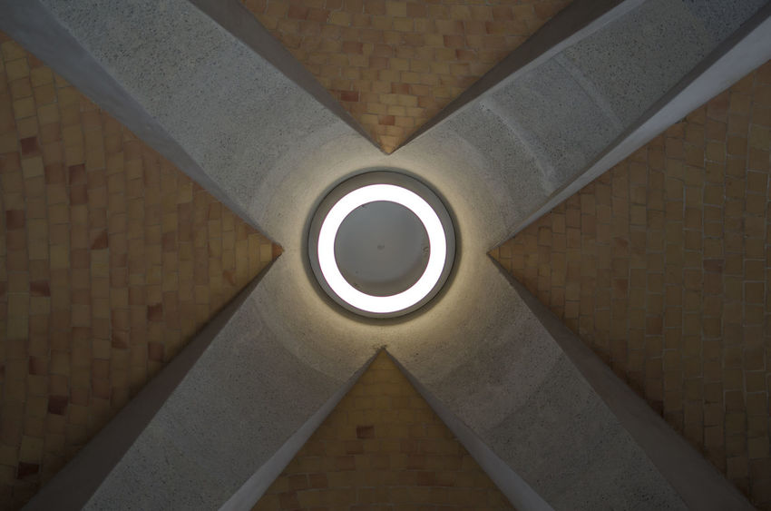 Angles And Lines Architecture Indoors  Lightbulb No People Roof Symmetry