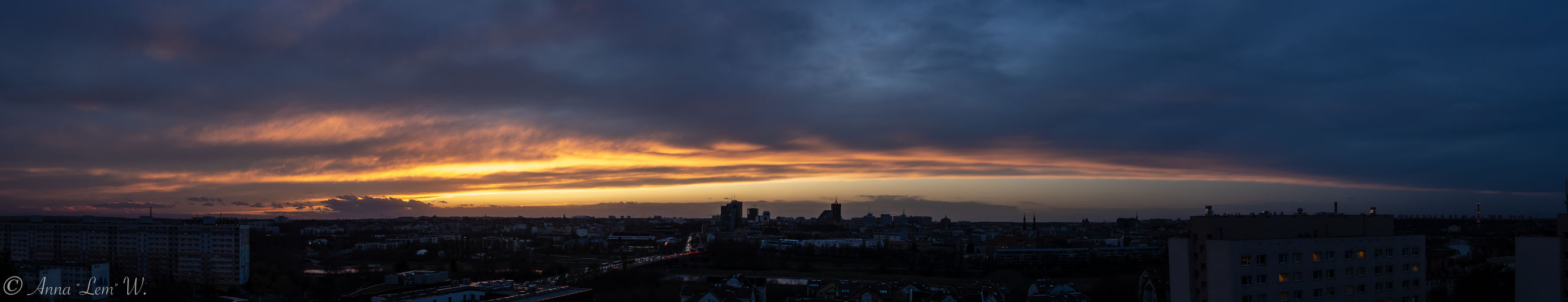 The last light in the city panorama. Architecture Cloud - Sky Building Exterior City Sunset Sky Cityscape Built Structure Building Dramatic Sky Nature Panoramic City Life High Angle View Urban Skyline No People Beauty In Nature Cloudscape Outdoors Dark Ominous The Week on EyeEm EyeEm Best Shots EyeEmNewHere Panorama
