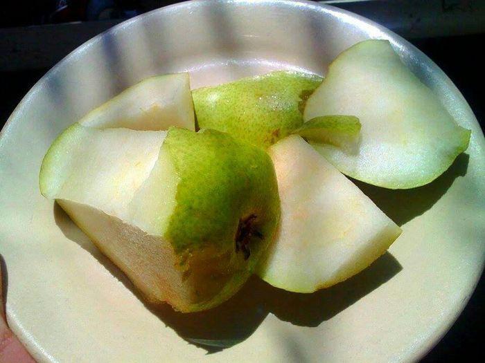 Pear green Pear Fruits ♡ Delicious Fruit Eye4photography  Green Taking Photos Eat More Fruit Fruit Frutas Fruta♥