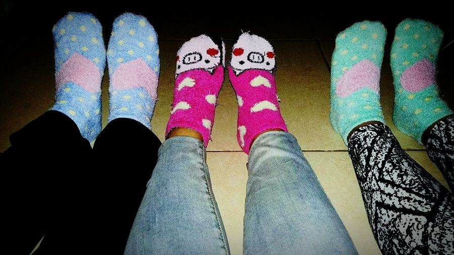 Happy Socks Taking Photos Good Things Come In Small Packages With Lightcase Homebuddy Love Sister Bonding