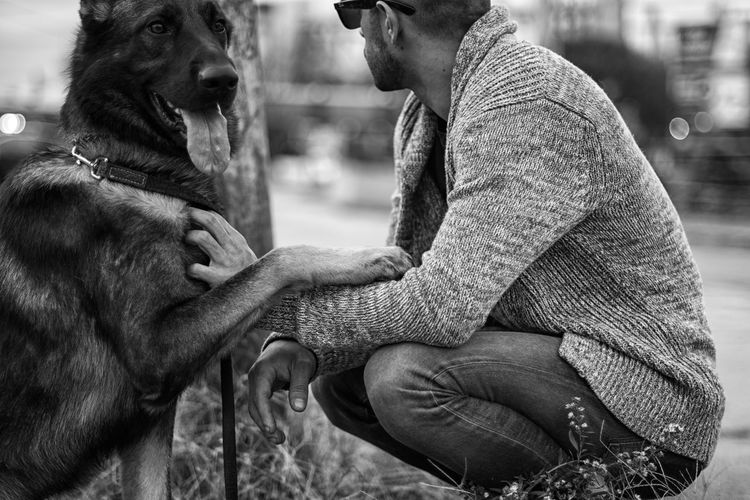 Best Friends - The Portraitist - 2016 EyeEm Awards Photographyisthemuse Nikon D750 Black And White Natural Light Outdoors Urban Dog Dog Love German Shepherd Mansbestfriend Atlanta