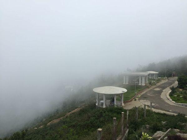 Misty Foggy Ladies Seat Monsoon Eastern Ghats Yercaud Tamilnadu India Cloudy Tranquil Scene