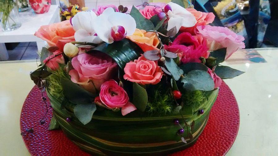 Flowers And Roses Pink Florist Anniversaire Gateau De Fleurs Chateau-arnoux Fabilaurefleuristechateauarnoux