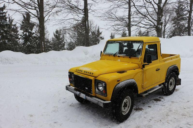 Snow ❄ Snowcapped Mountain 4x4 Yellow Car Yellow & White Nature Skiing 🎿