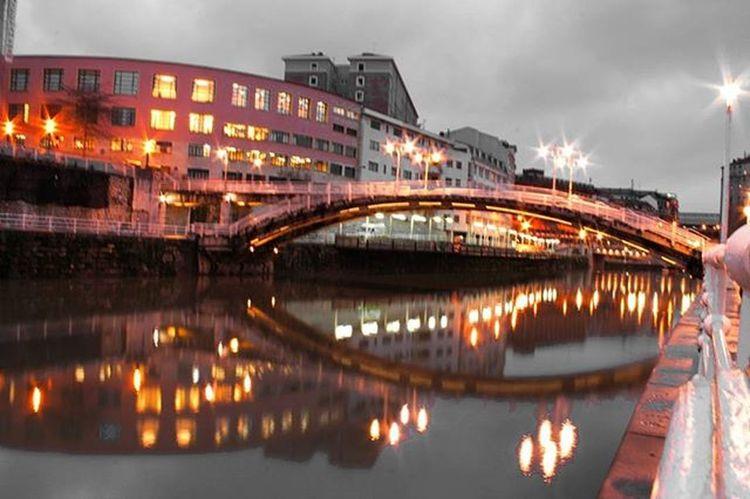 Pasarela de La Ribera. Bilbao Total_night Total_hdr Total_splash Total_bridges Total_reflections Ilovebilbao Bilbaoclick Euskadi Euskogram Euskorincones Euskadigrafias Verybilbao Bilbosoul Loves_euskadi Total_euskadi Bnw_splash_ Bnwsplash_paisvasco Turismo_euskadi Instantes_fotograficos Landscape Webstagram Photooftheday Picoftheday Tagsforlikes Estaes_paisvasco all_shots like4like instagood bnwsplash_spain water_brilliance
