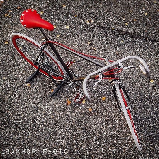 Red Racer Restoration by Rakhor Rakhor Restoration Bicicleta Fixie Handbuilt Custom Bike Bicycle Design Diseño