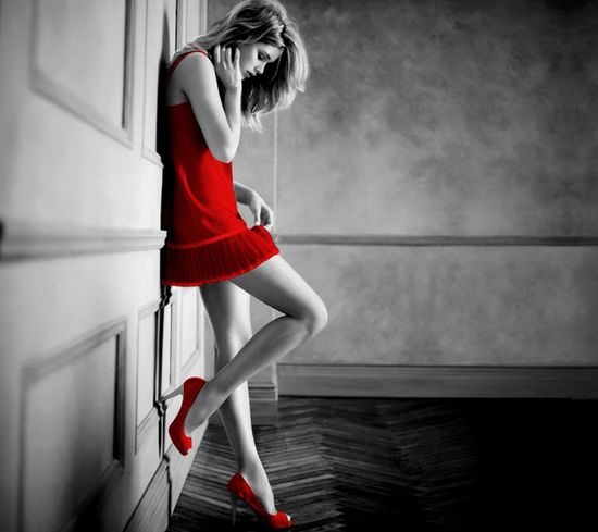 Black & White & Red & Beauty > Perfect