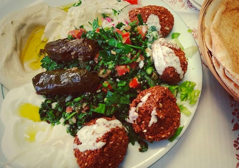 Falafel vegetarian plate is one of my favorite 😋👌 Falafel Lebanese Food Travelfood Pornfood Foodphotography Healthy Food Healthy Lifestyle Tabouleh Meatless Fitness Training Fitfood Vegetarian Food Streetfood Worldwide