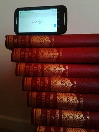 My Smartphone Life Google It! Staircase To Knowledge Encyclopedias Search
