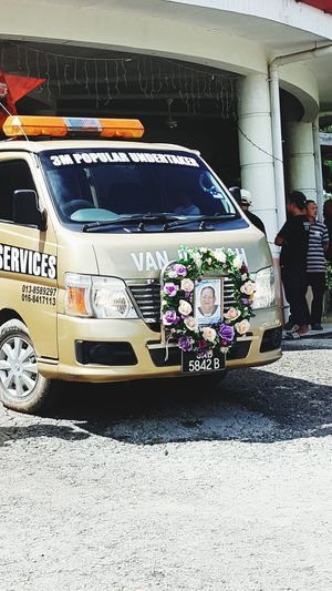 Sad Event Final Journey Life Resting Place EyeEmNewHere Eyeem Market Funeral Undertaker Service Van Front View Vehicle Funeral Service EyeEm Ready