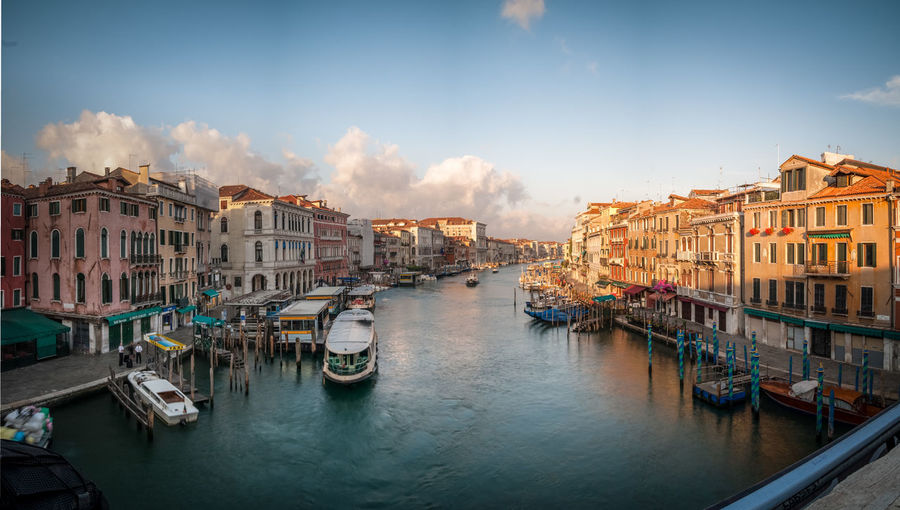 A Bird's Eye View Architecture Building Exterior Built Structure Canal Famous Place Famous Places Mode Of Transport Nautical Vessel Outdoors Passenger Craft Riverbank Transportation Travel Destinations Water