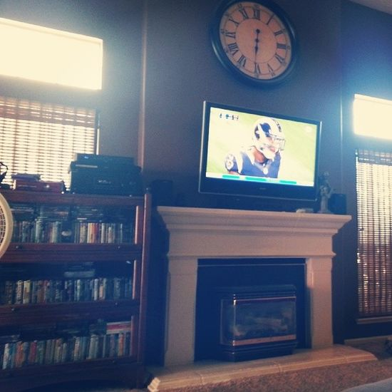 Having to watch the rams and bears play Sucks Bored Tiered Lazy someone text me.