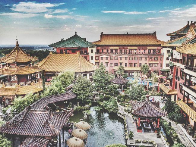 Phantasialand Brühl. Chinatown China Hotel Phantasialand Wedding Shootermag Germany
