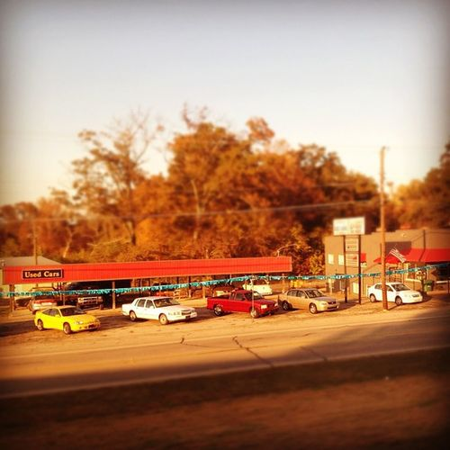 Used cars somewhere in the middle of America. #iphoneography #jomo #cars IPhoneography Cars Jomo