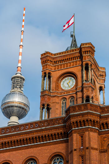 Architecture Berlin Berlin Mitte Berliner Ansichten Berliner Fernsehturm Building Exterior City Clock Tower Day Daytime Flag Outdoors Rotes Rathaus Travel Destinations
