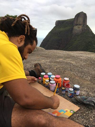 Arte en pedra bonita Pedra Bonita Pintura Arte Real People Leisure Activity Lifestyles Casual Clothing Day Sand Outdoors