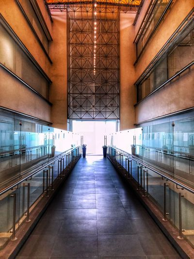 """Recursos Humanos"", Ciudad de México Postal Senado De La Republica Ciudad De México Photooftheday HDR Photography Photo Photooftheday Architecture Built Structure The Way Forward Direction Connection No People Building Absence Nature Bridge Diminishing Perspective Flooring Empty Footpath Ceiling Indoors  Transportation Day Illuminated Architectural Column"