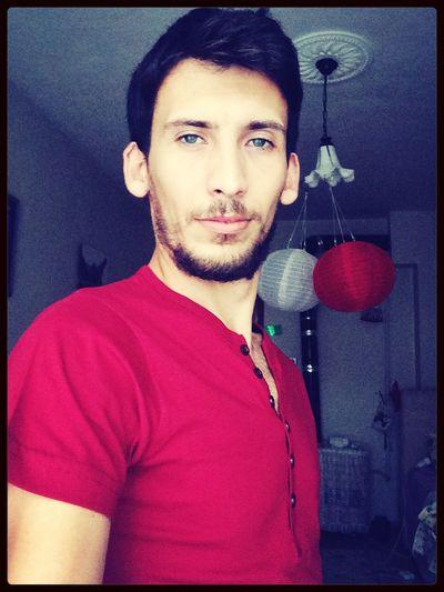 Taking Photos Selfie Today's Hot Look Green Popular Photos Istanbul Turkey