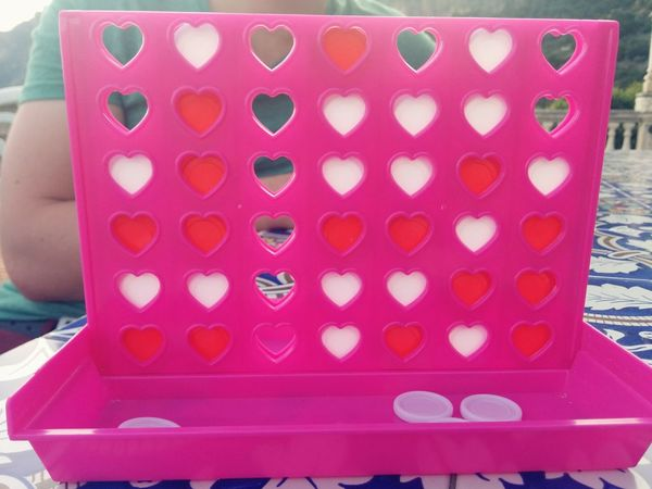 Fun Times ♥ Playing Games 4 In A Row or 5 😃 Pink Love Hearts Holiday Enjoying Summer The Essence Of Summer Queen Of Hearts