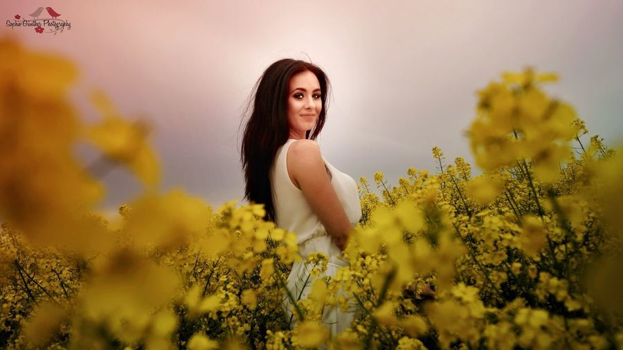 Young Adult Flower Nature One Person Only Women Summer Portrait Beauty In Nature Yellow Beautiful Woman Day Beauty Outdoors EyeEm Best Shots Beautiful People Photography Young Women Standing People Adults Only Shooting Day Girl One Young Woman Only Live For The Story Sunset