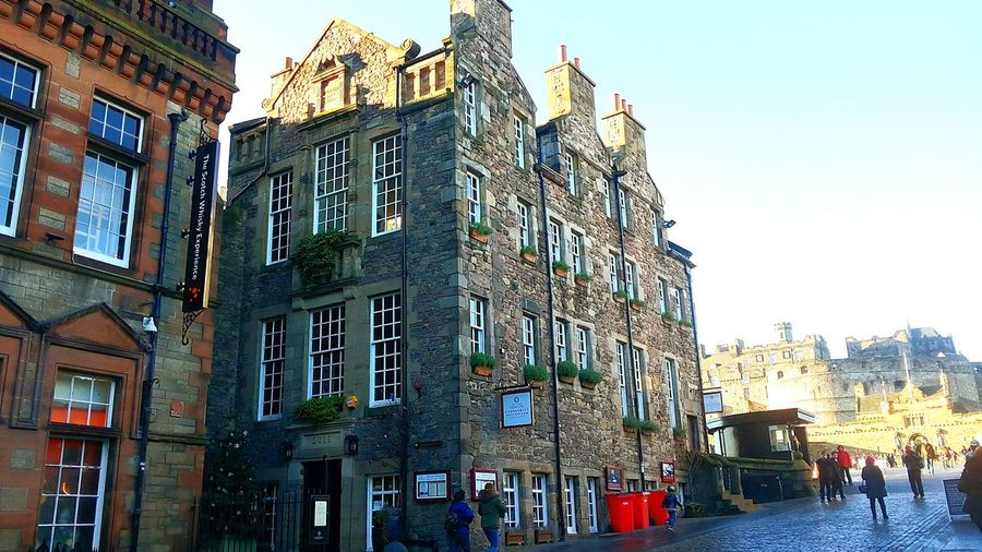 Architecture Building Exterior City Street Travel Destinations City Street Outdoors Built Structure Day Sky No People Low Angle View Scotland Monumental Buildings Edimburgh Castle People And Places Spirituality Cultures Georgean
