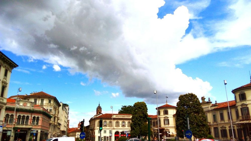 Cloud - Sky Architecture Outdoors Cityscape Monza Italy