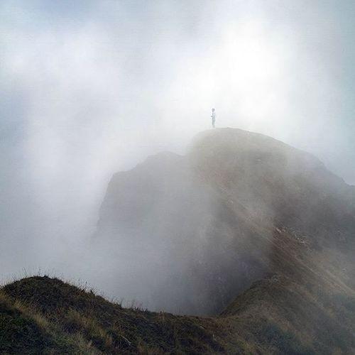 Photooftheday Mountains Dolomiti Fvglive Cimolais Montelodina Fog Mountainview Explore Wildernessculture Livefolk @folk Laragazzanellanebbia