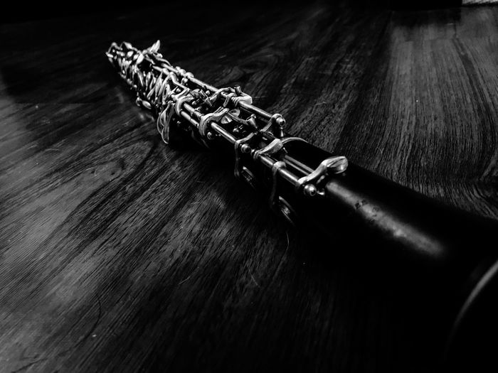 Black and white photo of a professional Loree Oboe Musicians Music Is My Life Musician Oboelife Dramatic Black And White Music OBOE Indoors  No People Close-up Musical Instrument first eyeem photo