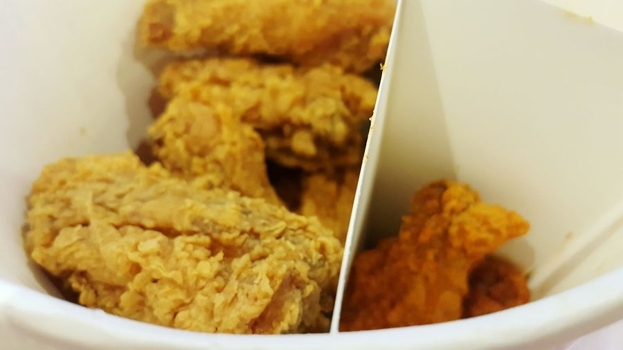KFC Kfc Time :) Fried Chicken My Dinner Kentucky Fried Chicken! Fried Chicken Photo Food Photography Quick Meal By SS Note5 Ready-to-eat