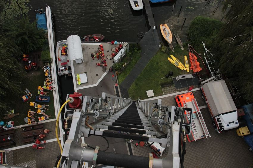 Aerial View DLRG Drehleiter Firefighter Flying High German Lifesaver High Angle View Lifesaving Mode Of Transport Rettungsschwimmer