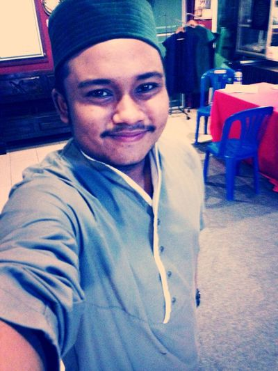 Khatam Khawajagan day ^_^ ... One of my Favourite Jubah by Lawung Uk .... check it out at uk.lawungdirect.com