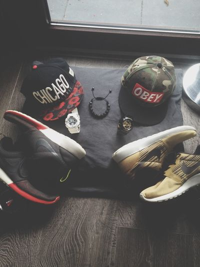 Black White Red set {Roses Snapback, White G shock Protection, Roshe runs blackwhitered} & {OBEY 'camo' snapback, Black,Gold G shock Protection, Roshe Runs GoldBlackWhite} {Shamballa bracelet}