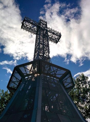 Daylight Summer Canada Tourism Travel Montréal Low Angle View Sky Cloud - Sky Nature Day Built Structure Architecture Tall - High Outdoors Religion Blue Sunlight Metal Fuel And Power Generation Spirituality No People Cross