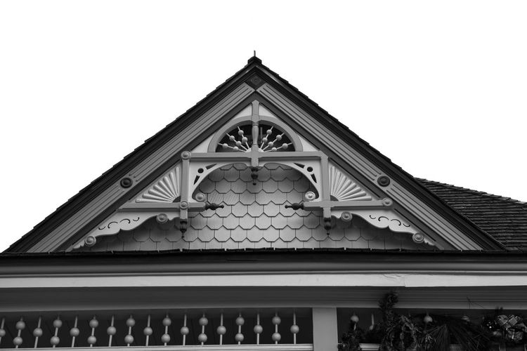 Tri Architecture Building Exterior Built Structure Low Angle View Day No People Pediment Outdoors Sky Blackandwhite Retro Plant 1920s Old Building  Fujifilm_xseries Straightfromcamera Available Light Eyemphotography Cloud - Sky Light And Shadow Lowkeyphotography Blue Sky And Clouds