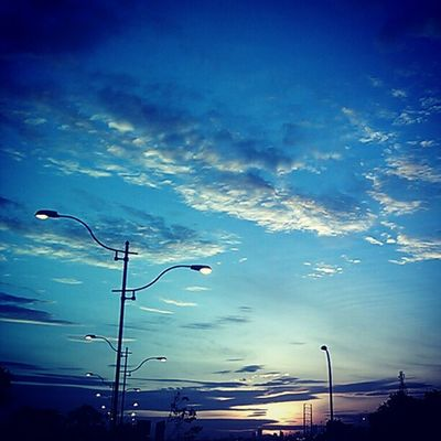 Big blue sky Photodroid  Senja  Jakarta Hd2 photography