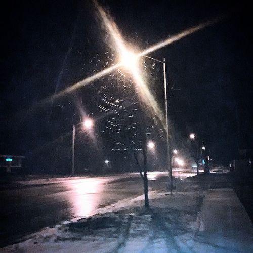 It's raining and snowing. Winter Rainy EditedMySelf Beautifulout WalkAround GetSum GottaLoveIt USArmy GetUseToIt followforfollow follow4follow like4like like4like