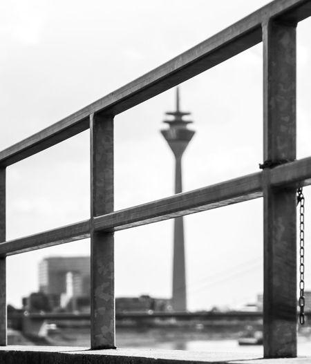 Am Geländer Blackandwhite Black And White Blackandwhite Photography Black&white Girder Water Architectural Column Bridge - Man Made Structure River Metal Steel Sky Architecture Built Structure