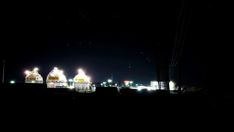 Night shoot. Night Illuminated Huaweiphotography HuaweiP9 Nightphotography
