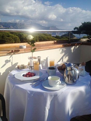 Room service breakfast room with a view Saint-Jean-Cap-Ferrat sunshine holidays Beautifully Organised My Year My View An Eye For Travel French Riviera Not Selected For Market The Secret Spaces The Great Outdoors - 2017 EyeEm Awards The Photojournalist - 2017 EyeEm Awards Live For The Story Saint-Jean-Cap-Ferrat Côte D'Azur