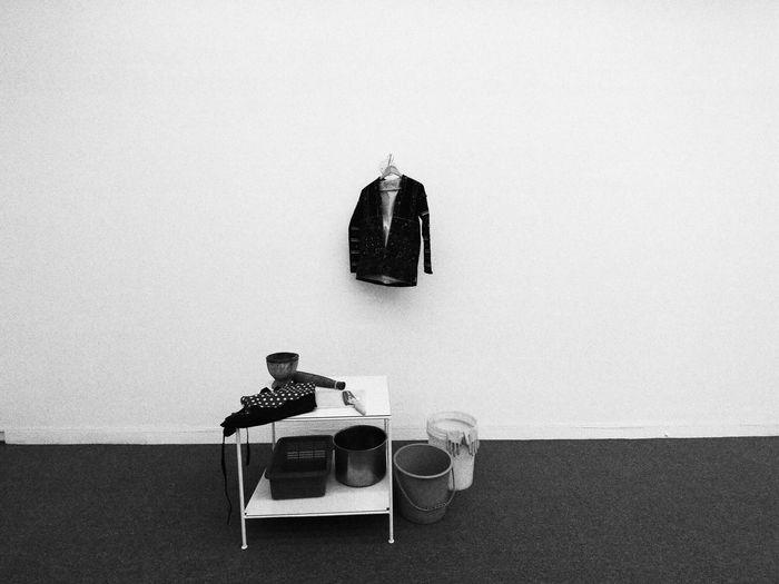 EyeEm Selects White Background Blackandwhite Black & White Blackandwhite Photography Black And White Photography Balck And White Photography 社交場 ArtWork Museum black and white