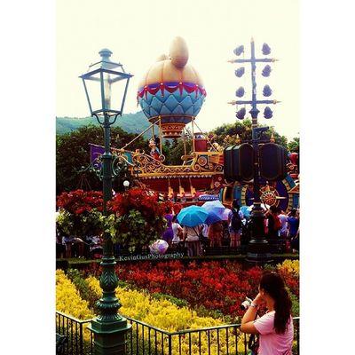 Mickey Mouse Parade HK Disney Discoverhongkong Travel Explorehk Travelasia hongkong hk hktourism hongkongtourism discoverasia discoverhk samsung samsungphotography phonephohtography s2 travelandleisure leisure fun wanderlust hkdisney mickeymouse disneyhk disneylandhk