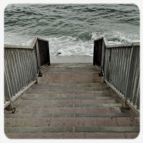 Seascape 25 Days Of Summer Stairs Water_collection