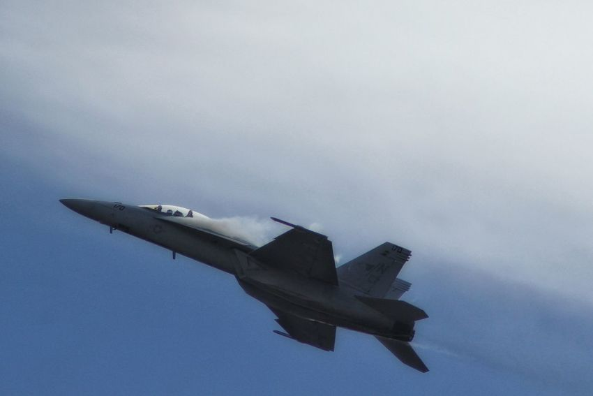 ridethe skyline Aircraft Photography Hello World Airshow Cf18 Fighter Jet Relaxing