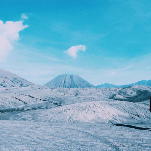 Bromo story 🗻 Scenics Beauty In Nature Tranquil Scene Tranquility Idyllic Snow Mountain Nature Landscape Cloud - Sky Travel Destinations Power In Nature Sky Day No People