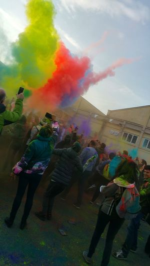 Enjoying Life Check This Out Hello World Happiness Photo Taking Photos First Eyeem Photo Happy WOW Colorful Color Photography New Holicolorfestival Holicolors Festivaldelloriente Padova