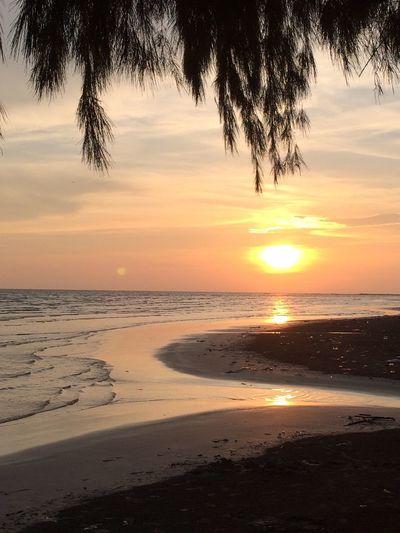 Sunset Sun Nature Holiday Chanthaburi beach.?⛵️