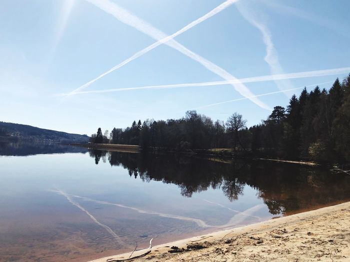Water Sky Reflection Vapor Trail Tranquil Scene Tranquility Tree