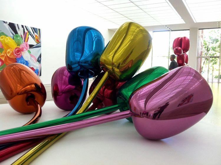 Jeff Koons Balloons Colorful Metal Metallic Art Happiness Indoors  Exhibition