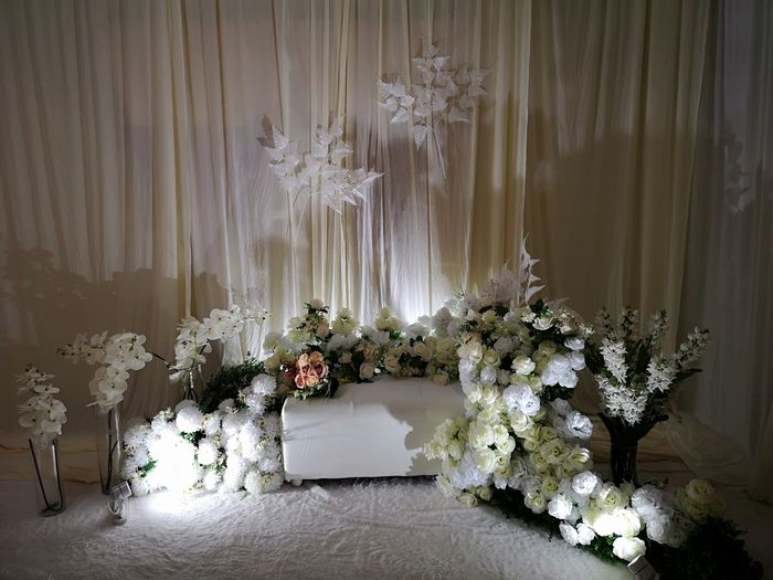 White flowering plants at home