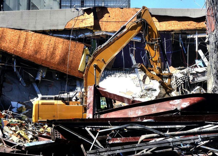 Demolition Demolition Zone Excavator Heavy Machinery Construction Machinery